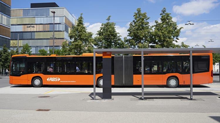 Auf dem Netz von RBS und BSU sind neue Gelenkbusse im Einsatz