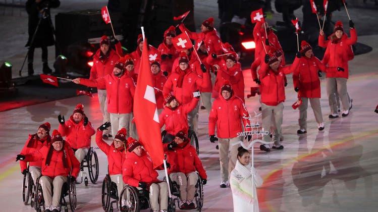 Schweizer Paralympics-Athlet macht es Freeskier Fabian Bösch gleich