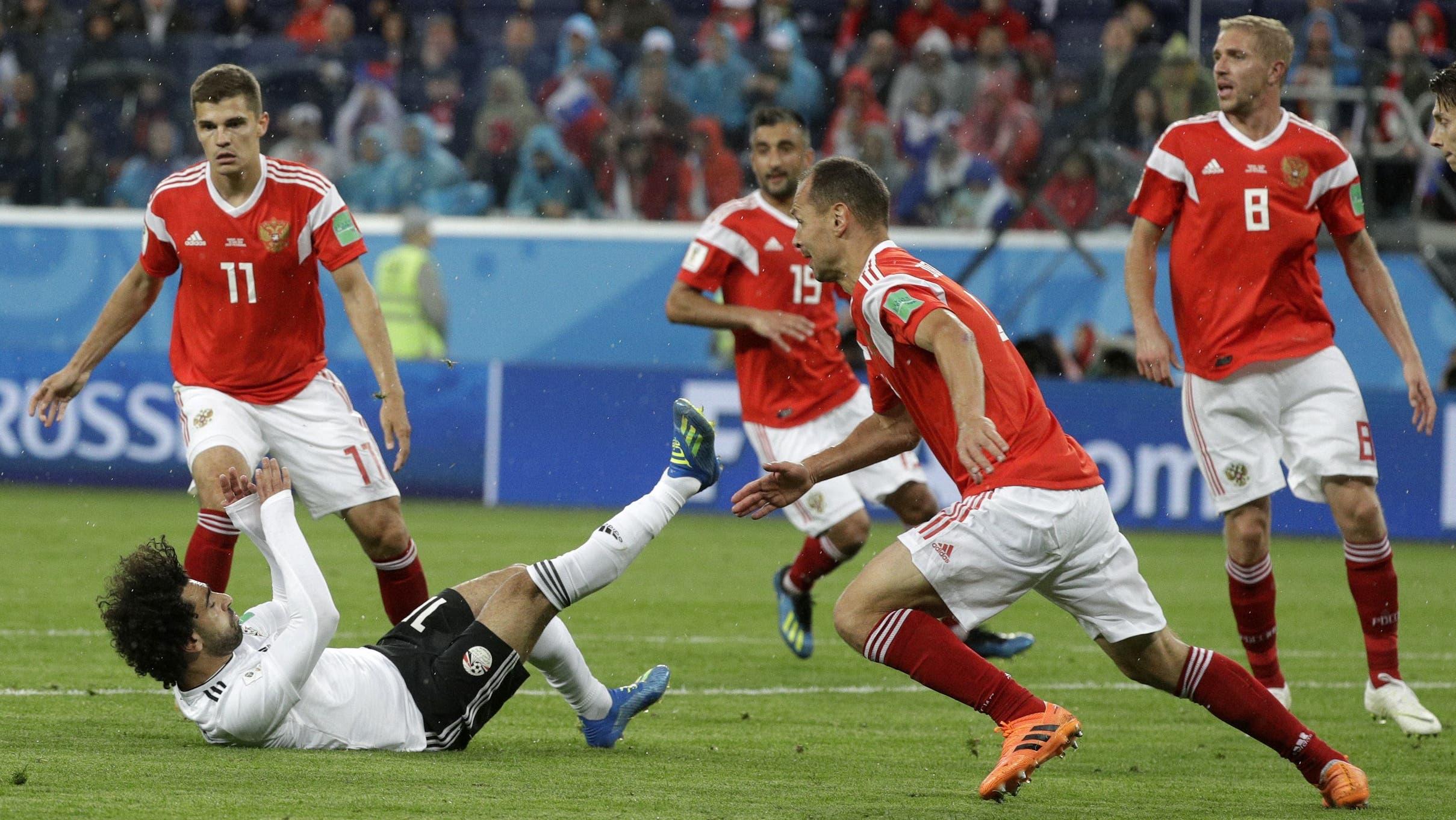 Die Ägypter (hier Mohamed Salah) mussten gegen Russland in der zweiten Halbzeit deutlich unten durch.