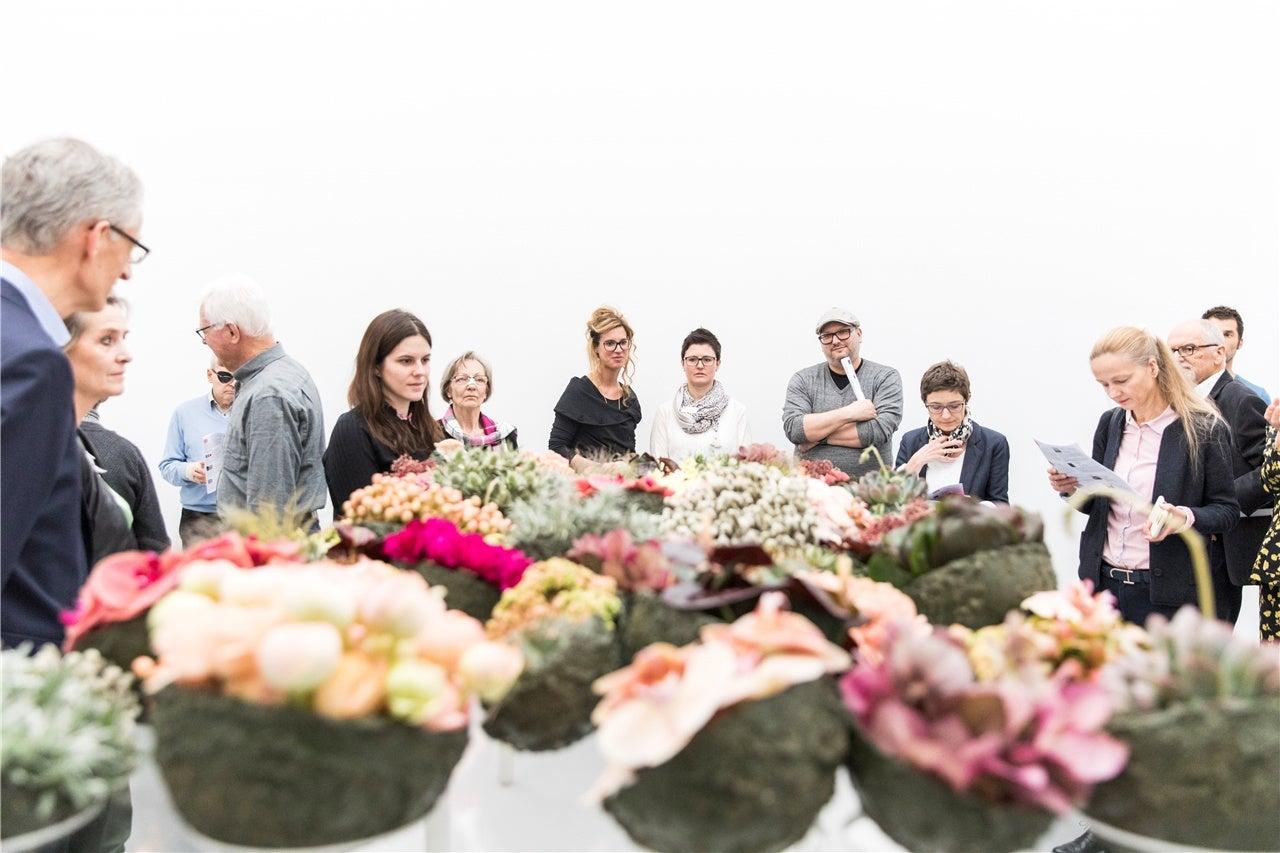 Bilder Vom Aufbau Der Ausstellung Blumen Fur Die Kunst Im Aargauer Kunsthaus In Aarau Luzerner Zeitung