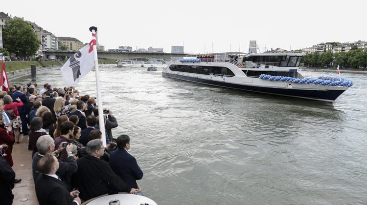 Erste Schiffstaufe in Basel seit 25 Jahren: «Immer eine Handbreit Wasser unter dem Kiel»
