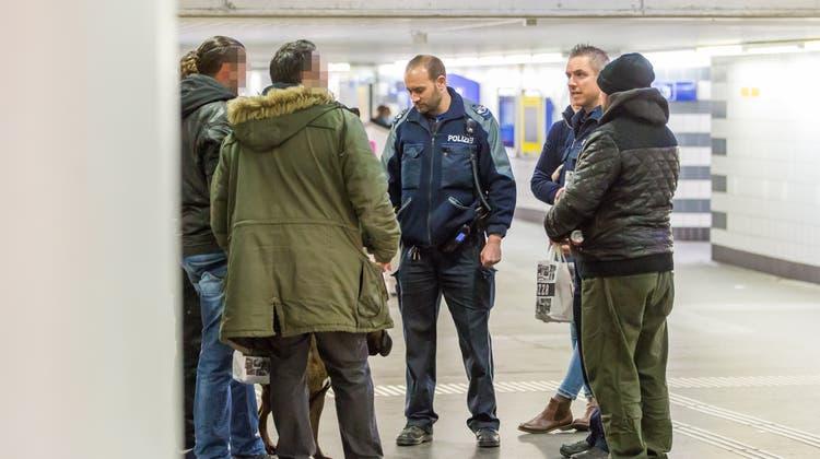 Unterwegs mit der Nachtpatrouille: «Nicht jeder hört auf uns, das ist Teil des Jobs»
