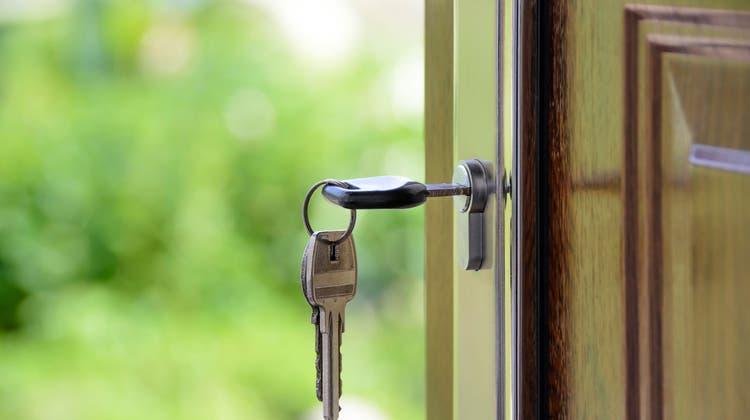 Mietbetrug: Wenn man vor der Tür eines Anderen steht