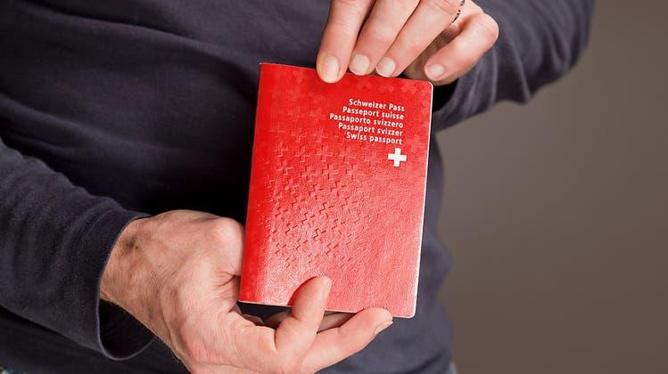 Kosovare erhält Schweizer Pass im zweiten Anlauf: «Ich fühle mich um zehn Kilo leichter»