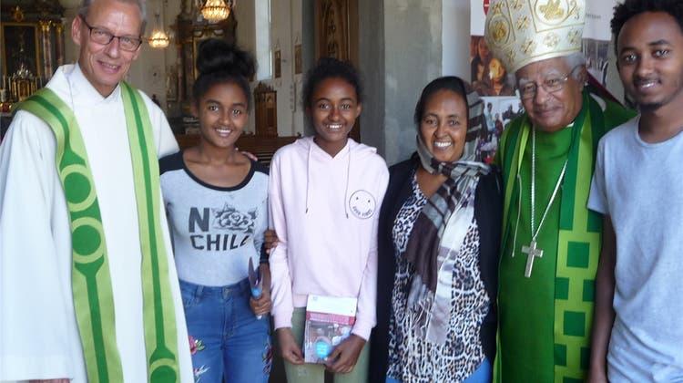 Sudanesischer Bischof im Freiamt: «Zum Leben braucht es Wasser, Schulen und Spitäler»