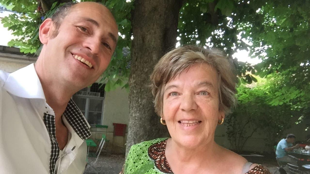 Charlotte Wirthlin mit Autor Romeo Brodmann.