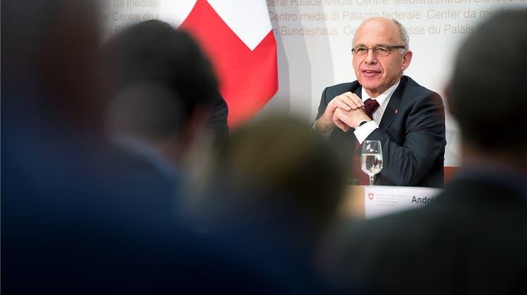 Fintech-Pläne von Finanzminister Maurer stossen auf heftige Kritik
