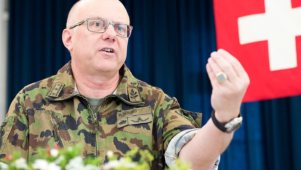 Armeechef will Internet-Viertelstunde für Rekruten einführen