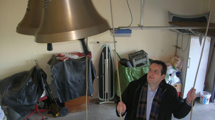 Wenn die Garagenglocken läuten: Wie ein Limmattaler fürs Kirchgeläute wirbt