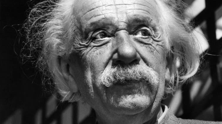 Streit um die Weltformel: Der einsame Einstein