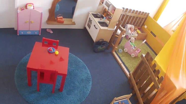 Kinderkrippen-Webcams werden zum Politikum