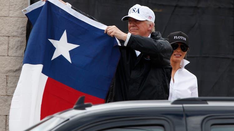 «What a crowd!» – Trump sorgt für Ärger im Katastrophengebiet von Texas