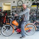 Zweiräder sind seine Passion: Bruno Fuchs macht seit 25 Jahren Töfflibuebe glücklich