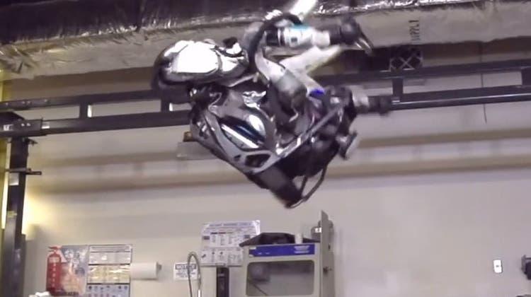 Dieser Roboter macht Sprünge, die Sie (vermutlich) nicht schaffen