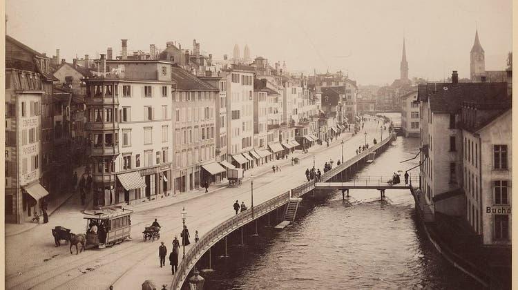 Als in Zürich noch Rösslitrams verkehrten und beim Central das Leben pulsierte