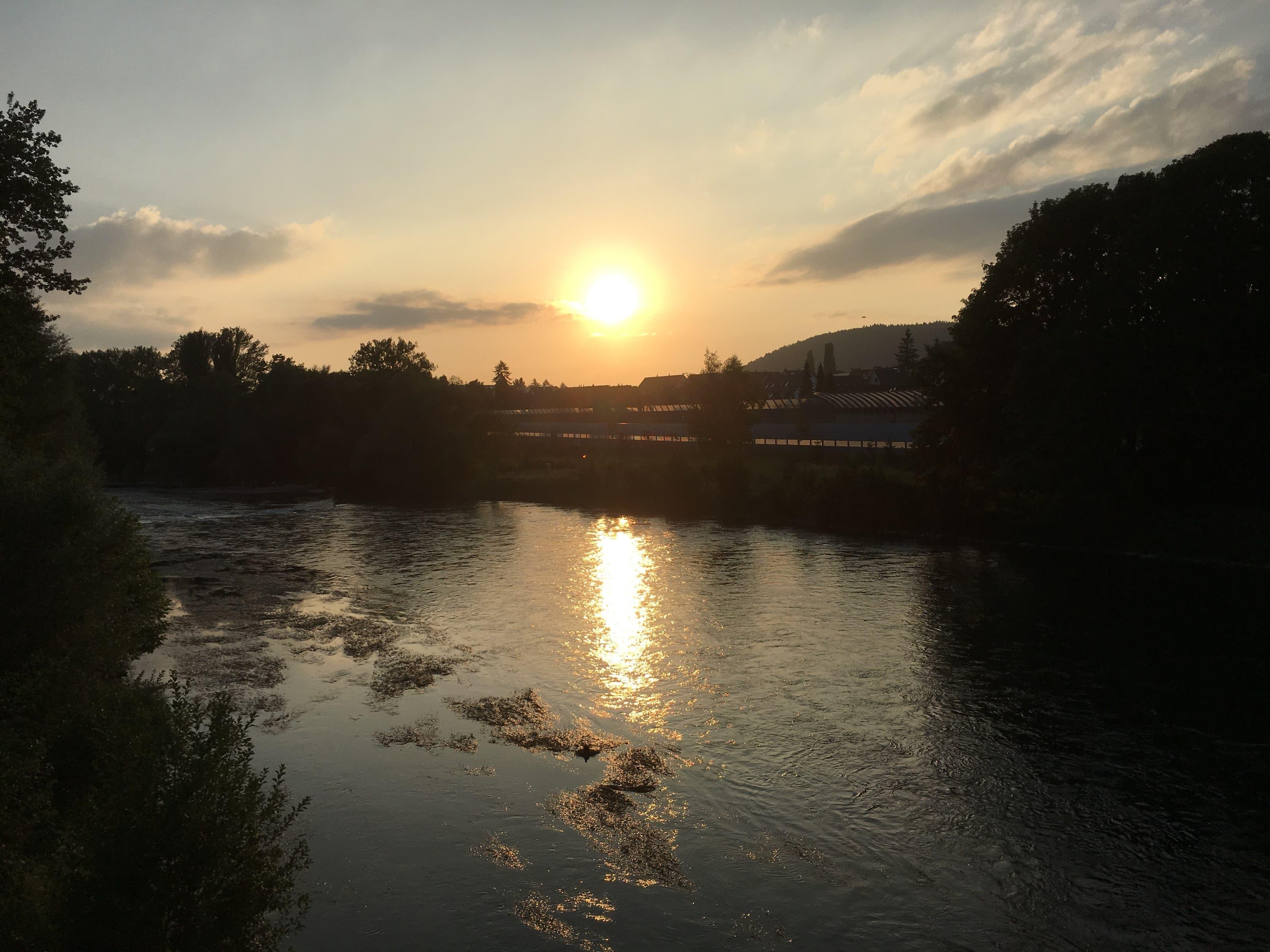undefined Abendstimmung beim Velofahren in Unterengstringen. Aufnahme Samstag 24.6.17
