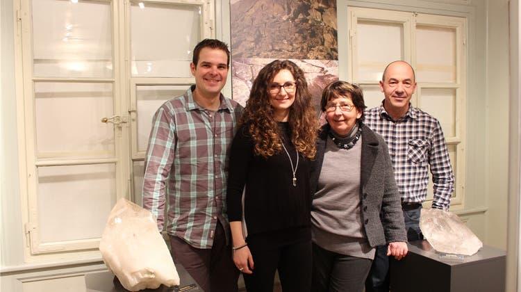 Jahrmillionen alte Schätze: Das Museum Schneggli stellt Schweizer Bergkristalle aus