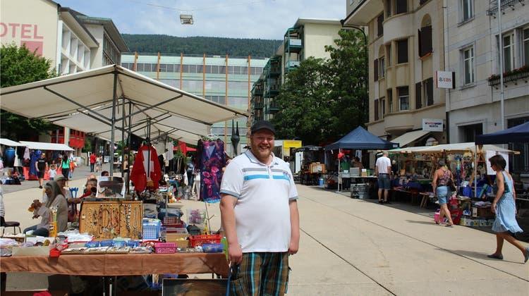 Der allmonatliche «Flohmi» auf dem Marktplatz soll zur Tradition werden