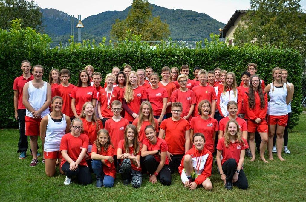 Teamfoto, alle Athleten und Trainer an der JSM 2017, Baden-Brugg