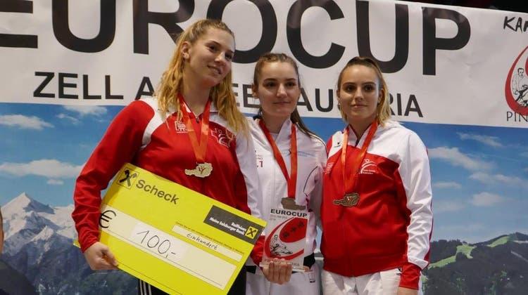 Erfolg für das Budo Sport Center Liestal: Mia Kadoic gewinnt Gold am internationalen Eurocup