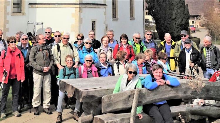Wanderung von Hochwald nach Nuglar zum Chriesiweg