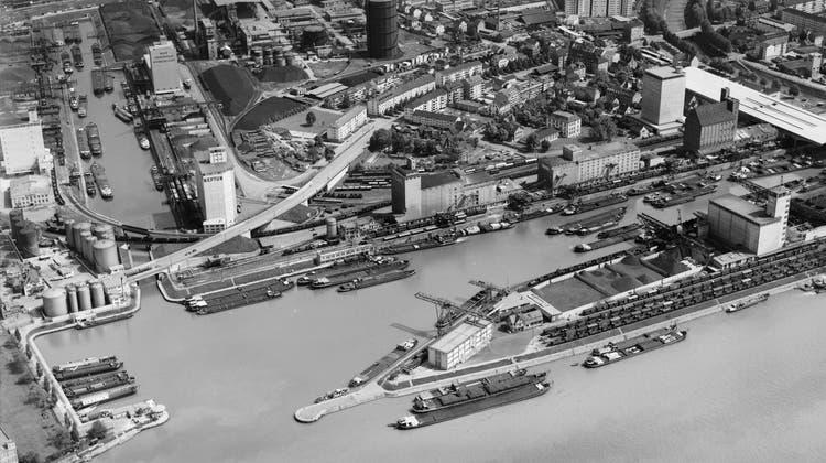 Die Rheinschifffahrt im Sog von Wirtschafts- und Politikinteressen