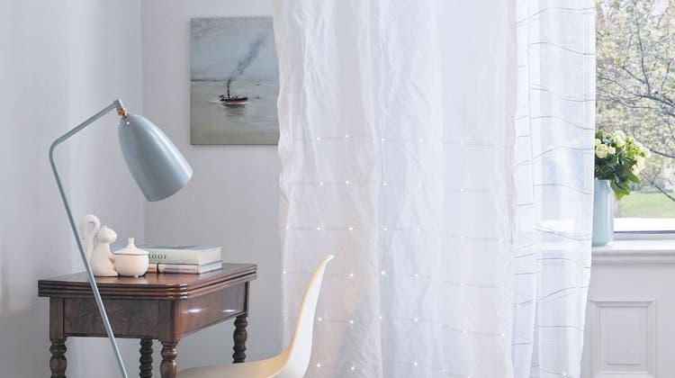 Magisches Licht im Vorhang - wie Textilien Räume verändern