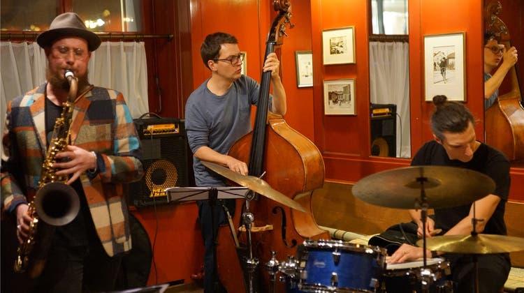 Sie mussten zehn Jahre warten: Simon Spiess Trio erobert das Isebähnli