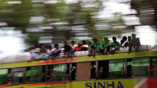 Mindestens zwölf Tote bei Busunglück in Indien