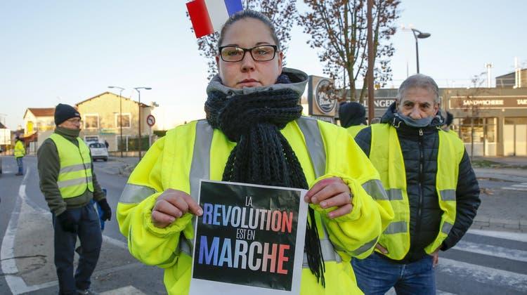 Eine Tote und 106 Verletzte bei Spritpreis-Demos in Frankreich