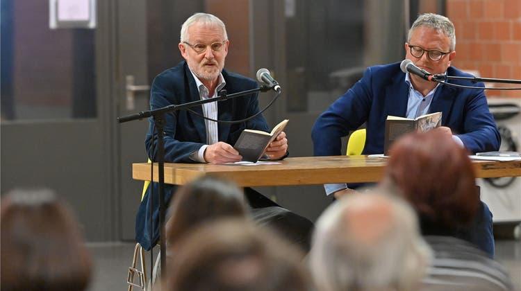 Sie erzählen Geschichten als Gespräch: Ex-Lehrer Beno Meier und sein früherer Schüler Werner De Schepper