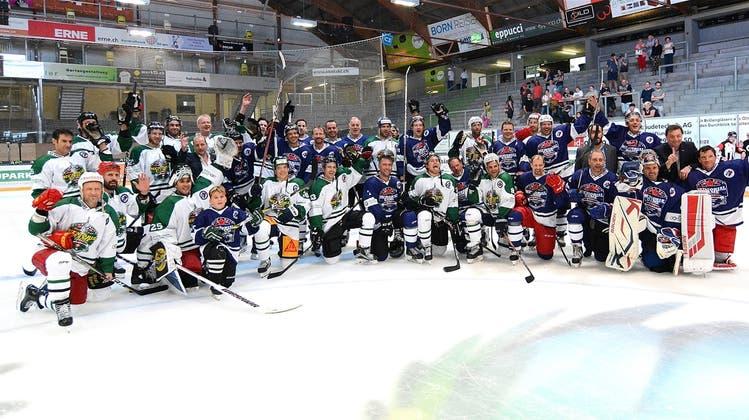 Eishockey-Abend zu Ehren Jim Koleffs als herzliches Familientreffen