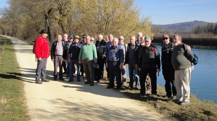 Vorfrühlingswanderung der Männerturner am Nidau-Büren-Kanal