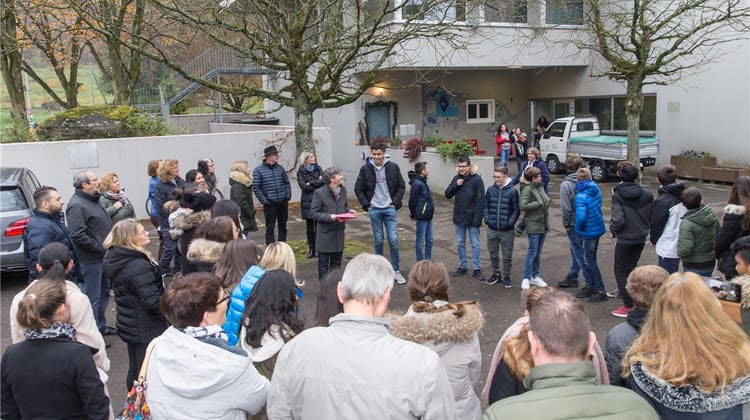 Eltern reichen Aufsichtsbeschwerde ein, um für Lehrer Achermann zu kämpfen