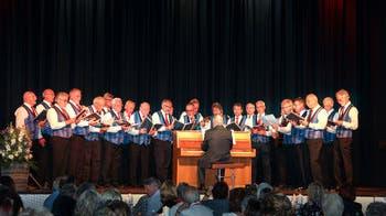 Männerchor Fislisbach singt am Seetaler Sängertreffen in Seengen