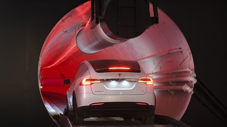 Was für ein Jahr, Tesla! So geriet Elon Musk 2018 ins Schleudern und hob ab