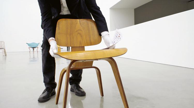 Eine Hommage: Stuhlgeschichten im kult.kino atelier
