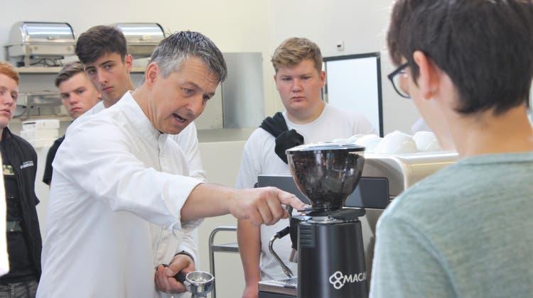 «Hygiene und Ordnung sind in der Küche das A und O» – so werden junge Gourmets ausgebildet