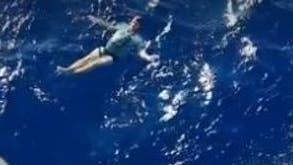 Deutscher stürzt vor Neuseeland ins Meer – ein Trick mit seinen Jeans rettet ihm das Leben