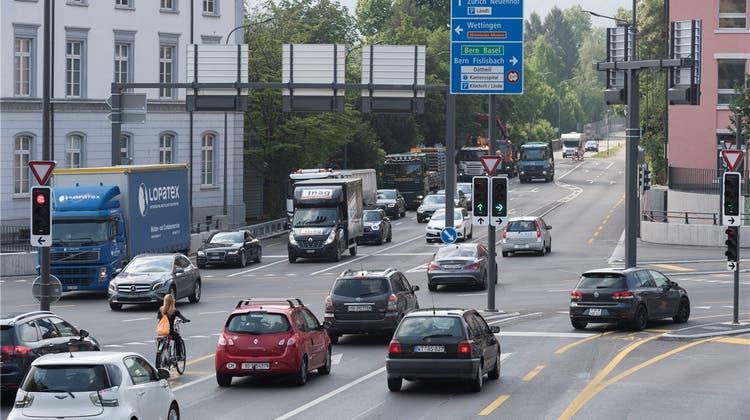 Warum Aarau auf der meistbefahrenen Aargauer Kreuzung nicht signalisiert ist