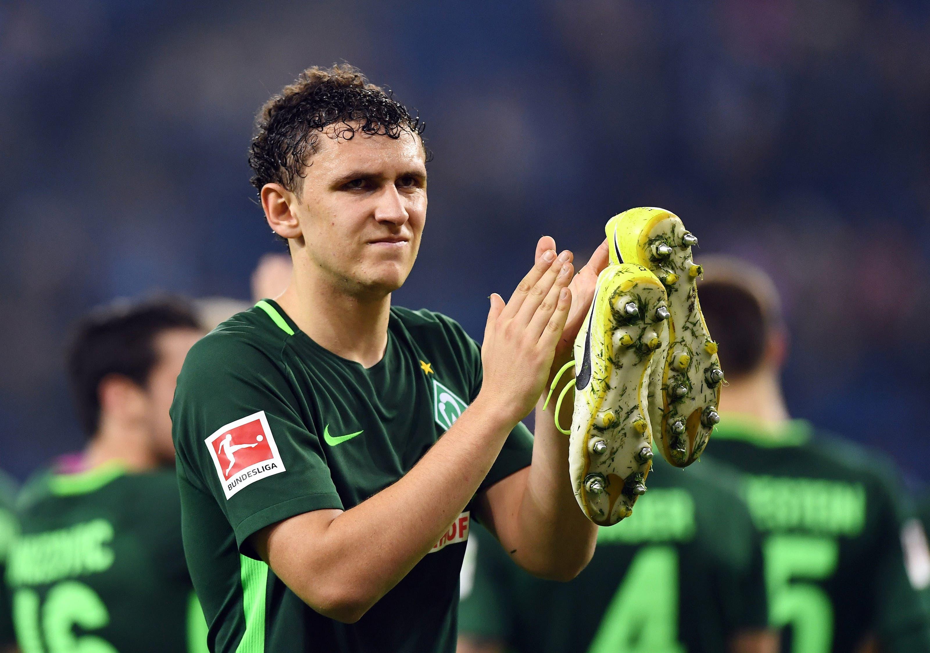Der serbisch-schweizerische Doppelbürger Miloš Veljković spielt seit der Saison 2015/16 für den Bundesligisten Werder Bremen.
