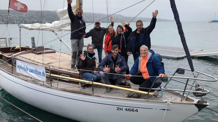 Vereinsreise auf See und in einen Mordfall verwickelt