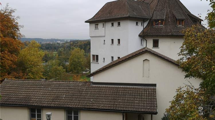 Schloss Biberstein wird behindertengerechter – drei Millionen Franken für Turnhallenumbau