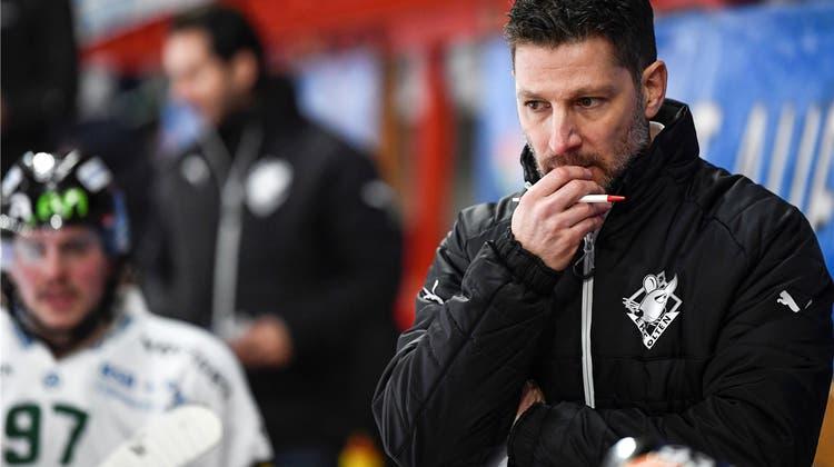 Soll der EHC Olten an Trainer Chris Bartolone festhalten? Das Pro und Kontra