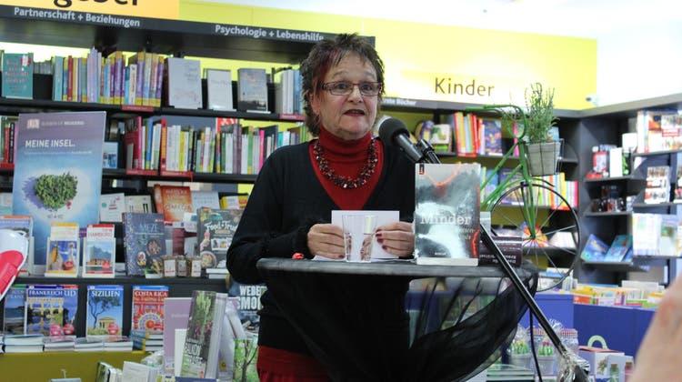 Iris Minder bringt ein neues Stück auf die Bühne des Theater Gänggi