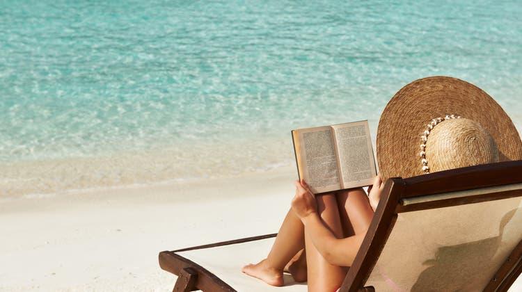 Endlich Lesezeit! Fünf Buchtipps für die heissen Tage