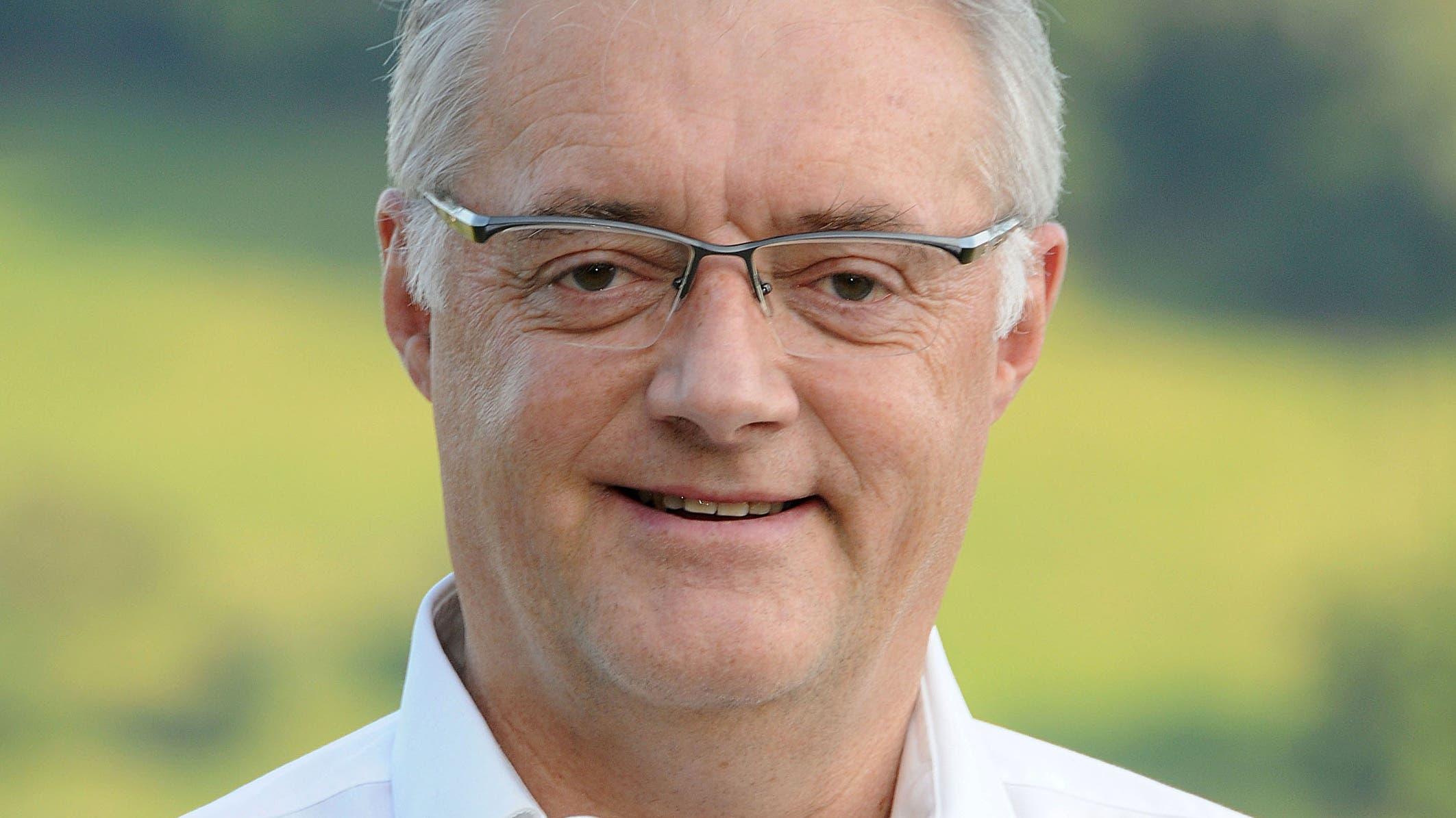Roland Kuster (CVP), Gemeindeammann Wettingen: «Die Reduktion beträgt 20 Prozent und betrifft nur die Saisonabos.»