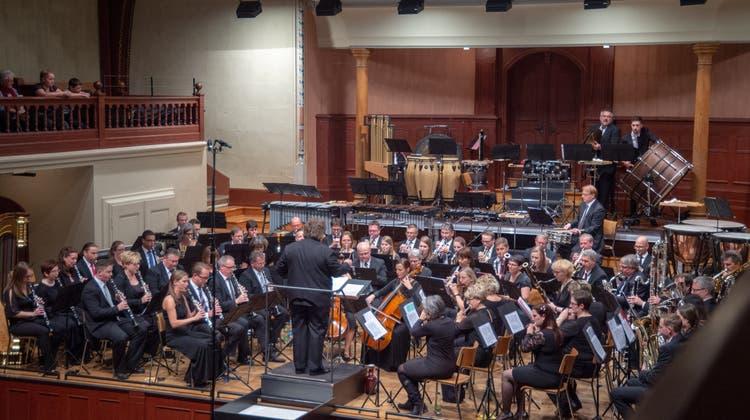 Geglückter Versuch: 20 verschiedene Musikvereine spielen ein Galakonzert
