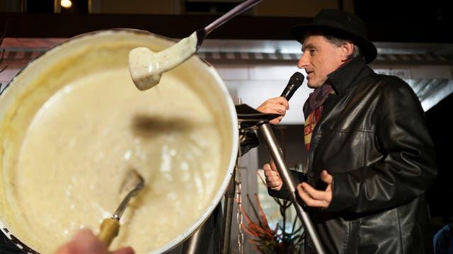 «Ein gutes Fondue stinkt nicht!»: Hier räumt der Schweizer Käsepapst mit einem Klischee auf