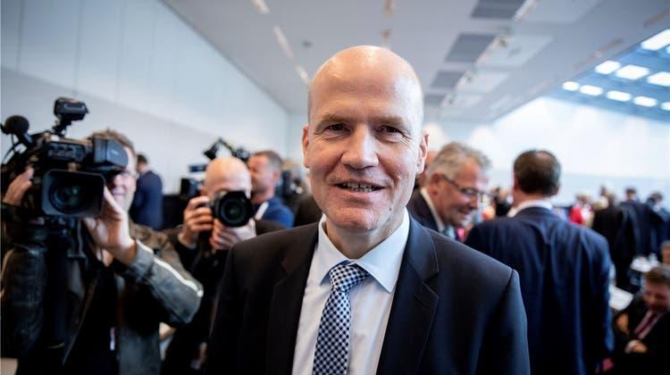 Der Mann, der Merkel in die Krise stürzte: Wer ist Ralph Brinkhaus?